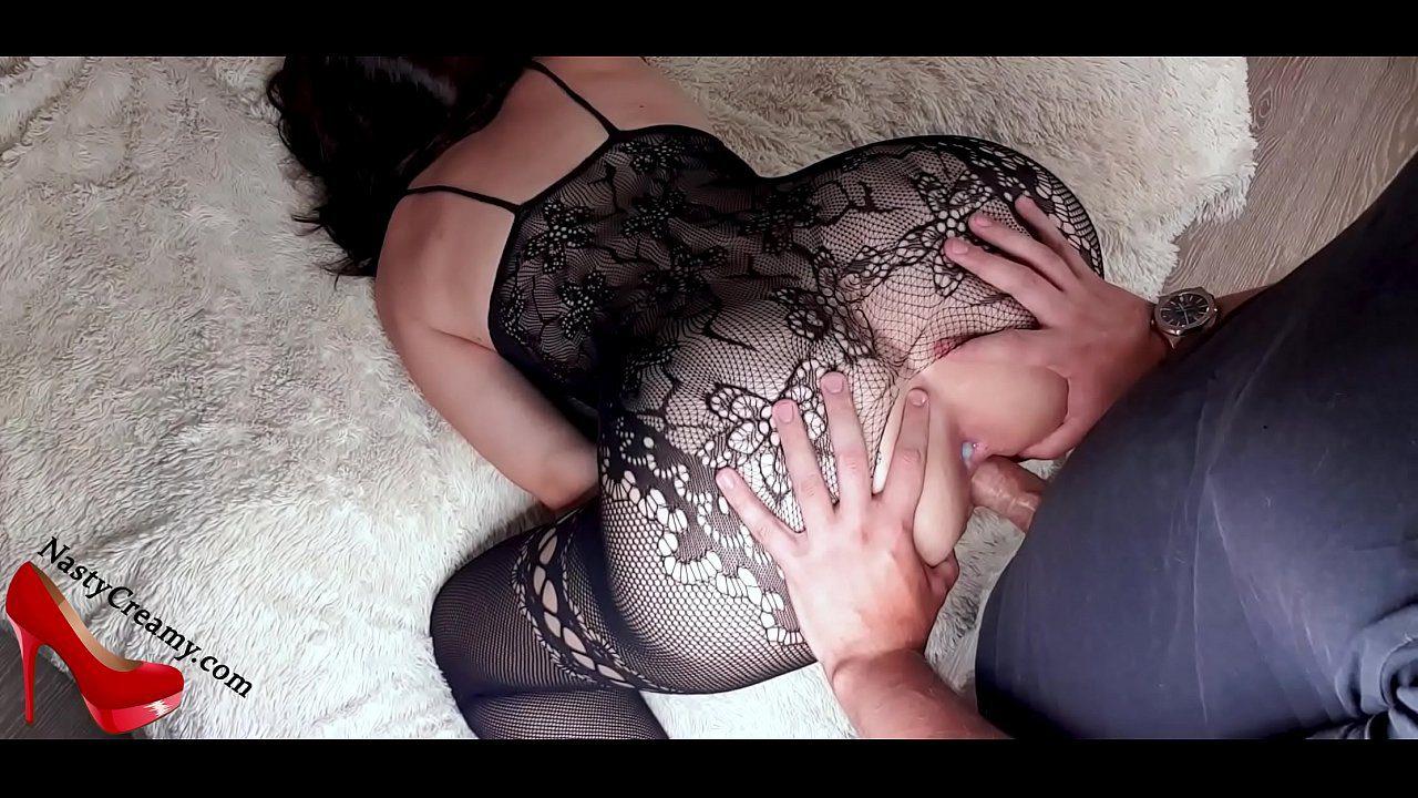 Rabuda dando o cu com muito tesão adorando ser enrabada