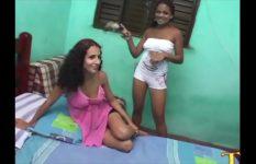 Suruba com as faveladas que liberaram bucetinha e cuzinho